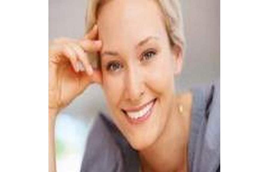 Как отбелить зубы в домашних условиях самой?