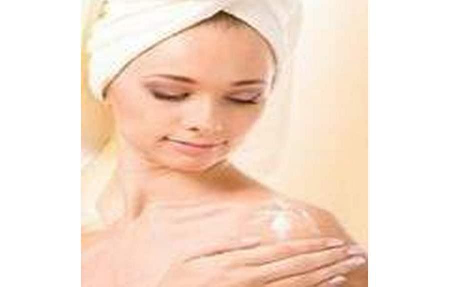 Как избавиться от сухости кожи и увлажнить её?
