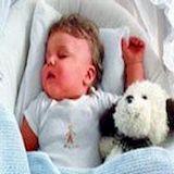 Как приучить ребенка спать отдельно от родителей?