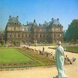 Дворцы и сады