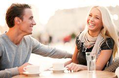 Как быть приятной в общении