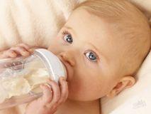 Отлучаем ребенка от груди: этапы и подводные камни