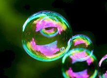Как сделать мыльные пузыри прочными?