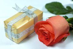 Оригинальные подарки и украшения