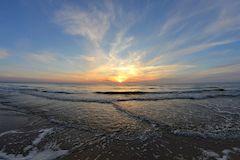 Почему популярен отдых на море, лечебные свойства морской воды