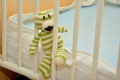 Детская кроватка, на что обратить внимание