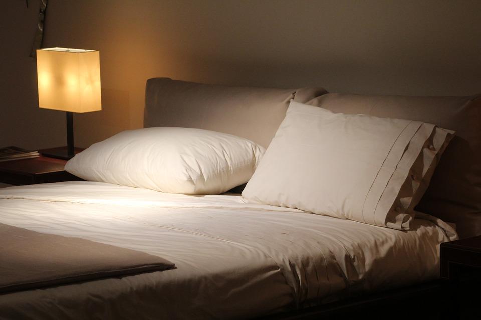 выбрать кровать